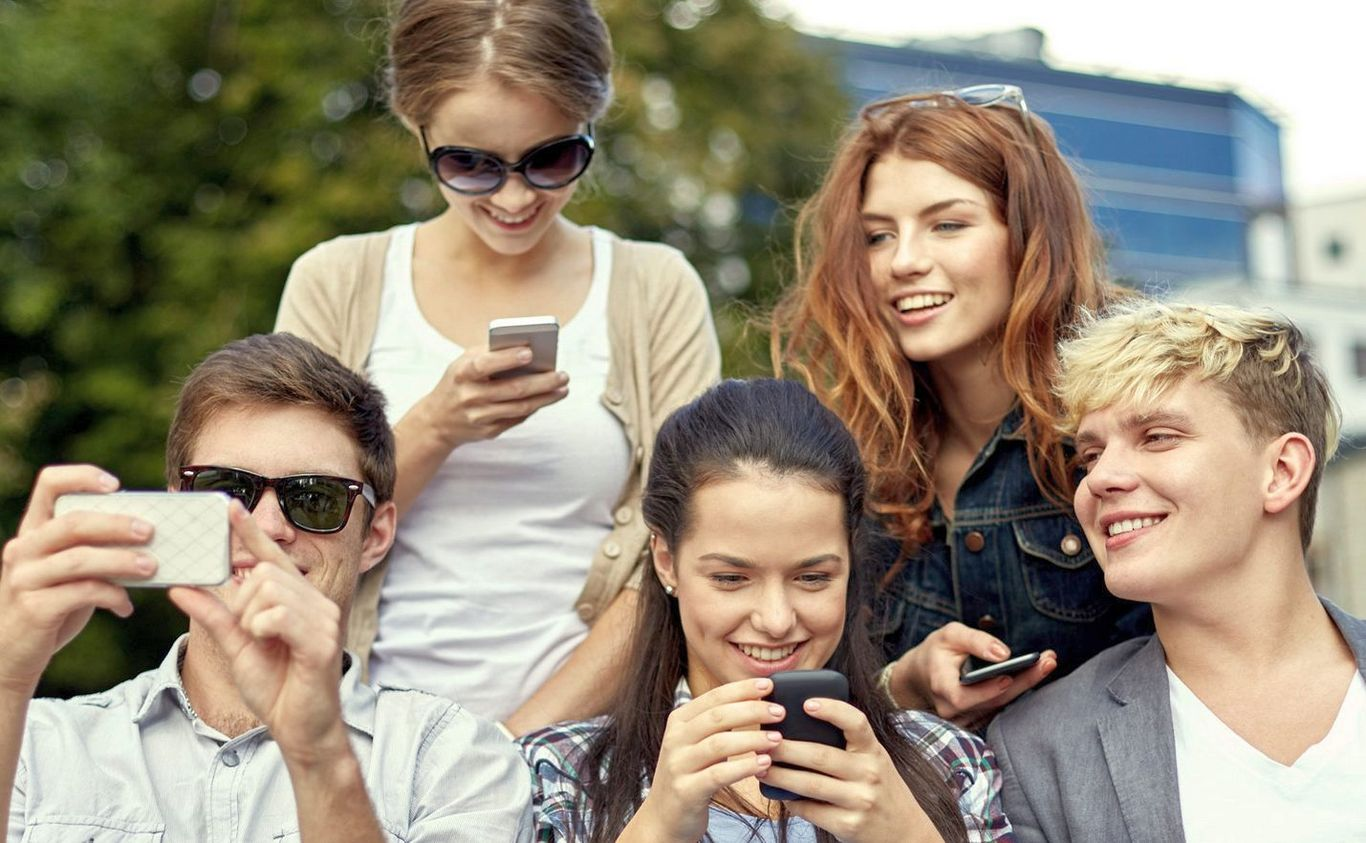 How Social Media Can Help You in Study?